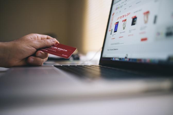 Vêtements hommes: Achetez en ligne pour acheter moins cher